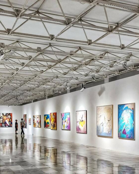 Como encontrar uma galeria de arte