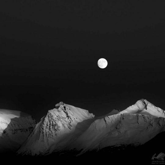 Night in Lofoten Island - Zoltan Bekefy
