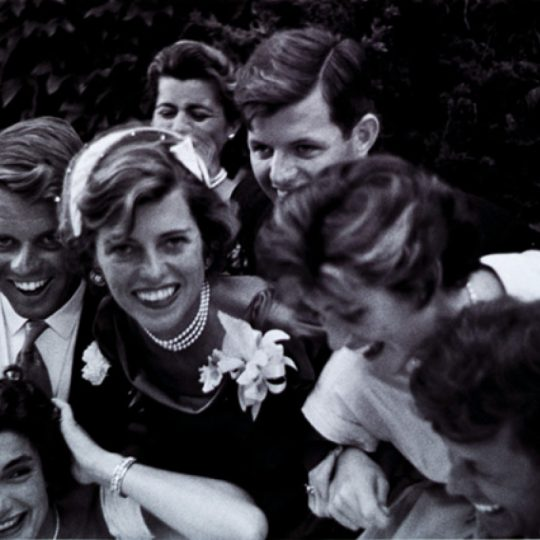 The Kennedys - Toni Frisse