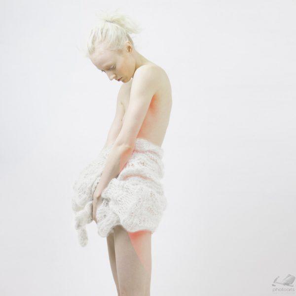 Bleeding 220 II - Feng Haoyu