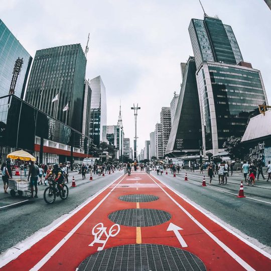 Ciclovia da avenida Paulista num domingo - Sergio Souza.