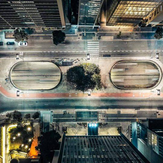 Vista aérea noturna da Praça do Ciclista, avenida Paulista, São Paulo - Sergio Souza